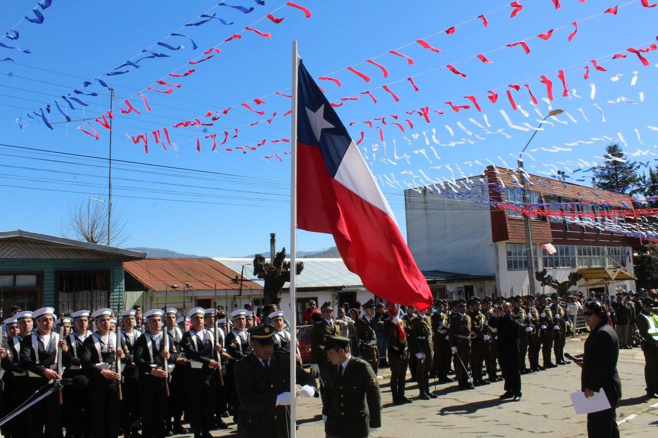 Cientos De Personas Disfrutan Del Desfile De Fiestas Patrias En Los Sauces
